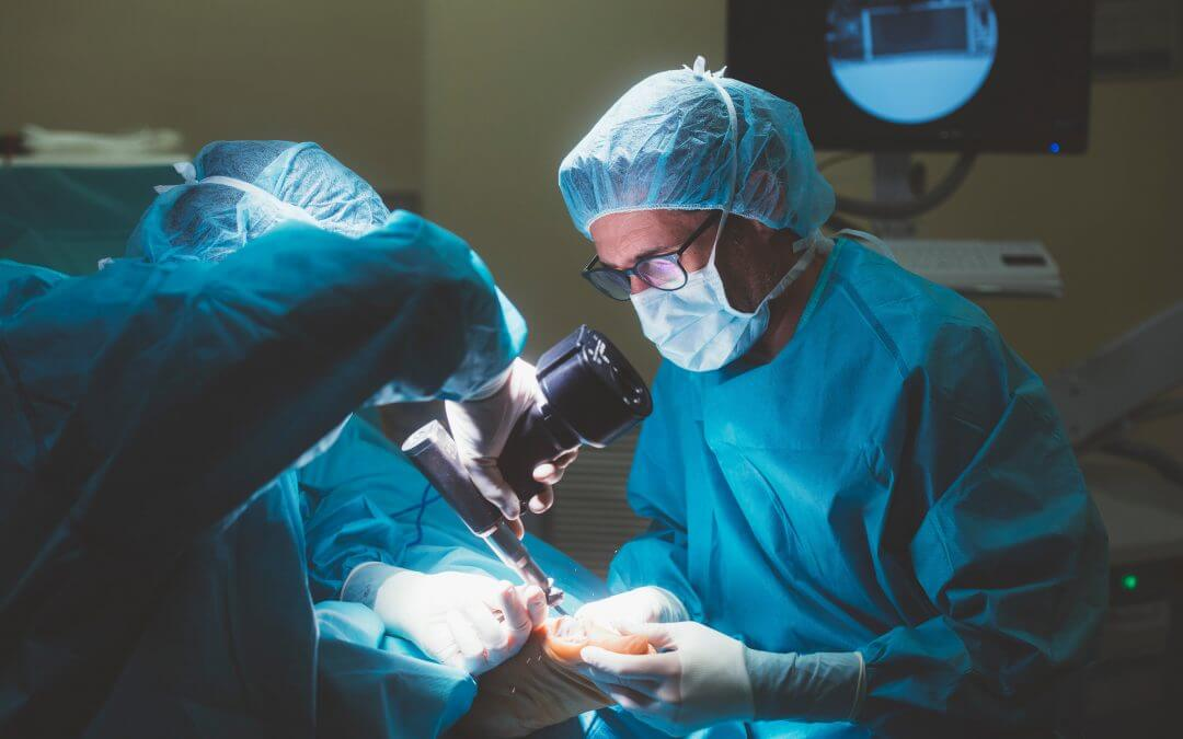 What is a podiatric surgeon